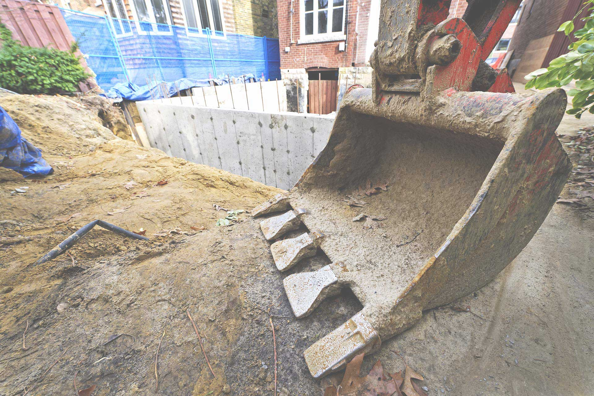 Imperméabilisation de fondation de maison, Réparation de fissure, levage de maison, Drain français